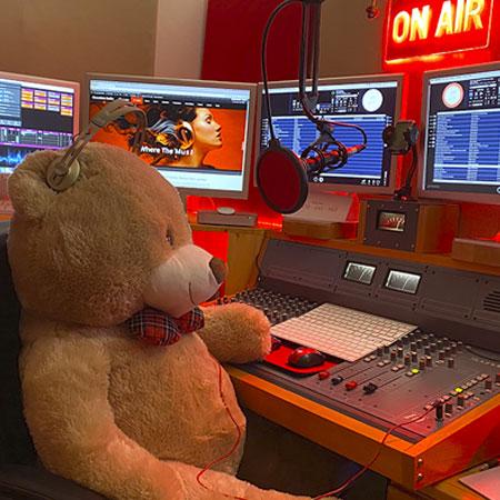 Chris Stewart Presenter The Soulful Etiquette Radio Show